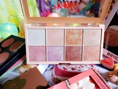 palette highlighters Makeup Revolution